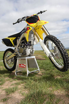 rm-z250-stand