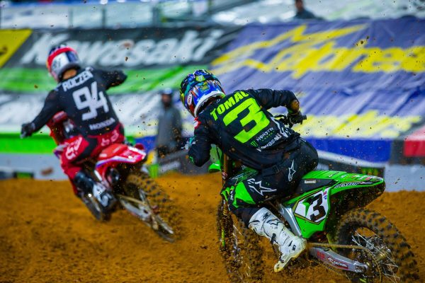 Arlington supercross a tough pill to swallow for Tomac