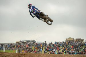 Yamaha re-signs Seewer through 2023 MXGP season
